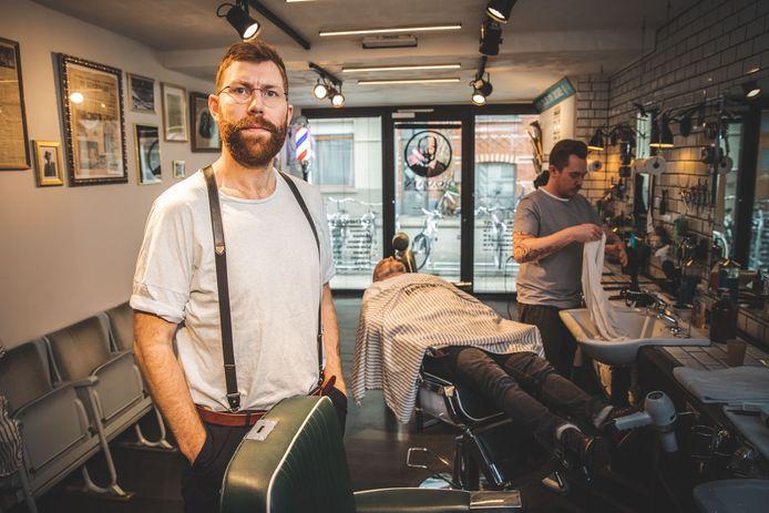 Stijn De Sutter (31) zegt deze week al zijn klanten af.