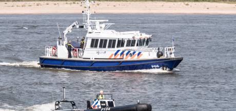 Lichaam gevonden in Waal bij Gendt, politie doet onderzoek