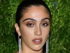 """La fille de Madonna critiquée pour ses poils sous les aisselles: """"Ce n'est pas dégoûtant, c'est naturel"""""""