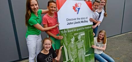 Project scholieren in Tubbergen mondt uit in dik boek over veteraan