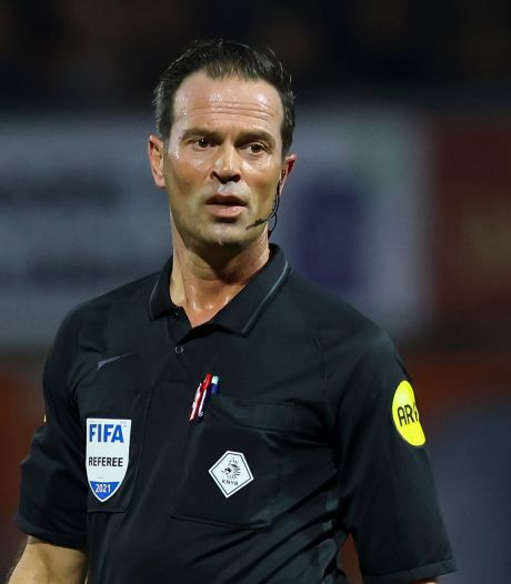Nijhuis over afgekeurd NAC-doelpunt: 'In het veld laat ik veel door, dit is een ander verhaal. Contact hoeft niet zwaar te zijn'
