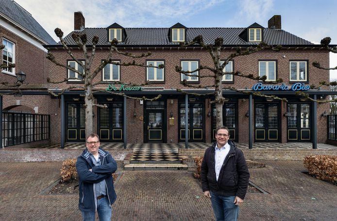 Frank Boekelder (links) en Jan Wijn zijn de nieuwe uitbaters van Brasserie De Keizer.