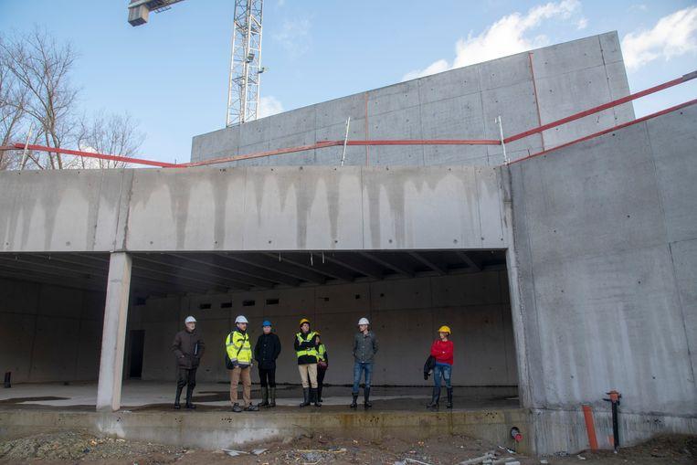Plaatsbezoek aan het nieuwe Cultuurhuis in Merelbeke. In de toekomstige ruimte van het Cultuurcafé.