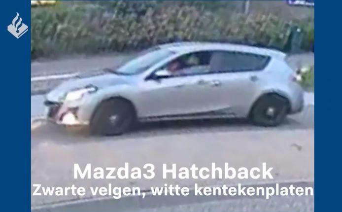 De politie deed onderzoek naar deze auto in de zaak van het doodrijden van Tamar (14) uit Marken.