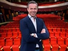 Dennis haalt uit naar medewerkers Theater Castellum: 'Ik zou een toontje lager zingen'