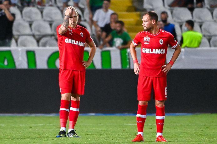 Ritchie De Laet en Birger Verstraete tijdens de heenmatch.