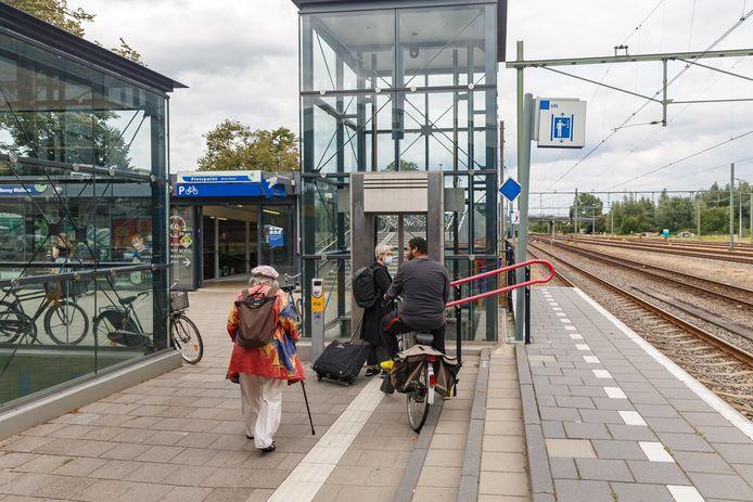 Er zijn met enige regelmaat storingen in de liften op station Meppel. Camera's meoten dat probleem oplossen.