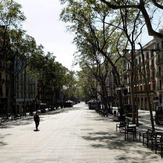 Spaanse economie gaat in 'winterslaap' na recordaantal sterfgevallen