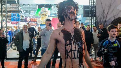 Extinction Rebellion verstoort Autosalon: 187 actievoerders opgepakt