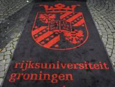 Universiteiten doen aangifte na 'verbijsterende fraude' Stapel