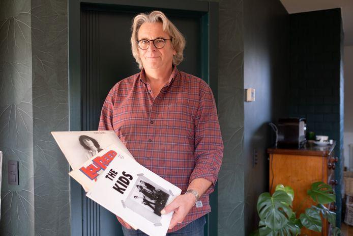 Guido Van Woensel met enkele vinylplaten