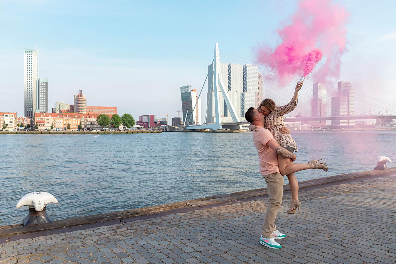 Roze rook: Amanda en Scott krijgen een dochter.