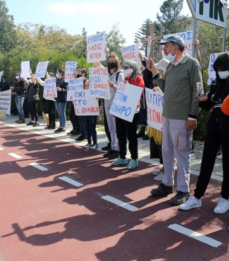 Demonstranten woedend over 'satanisch' songfestivallied Cyprus: 'Belediging voor ons land'