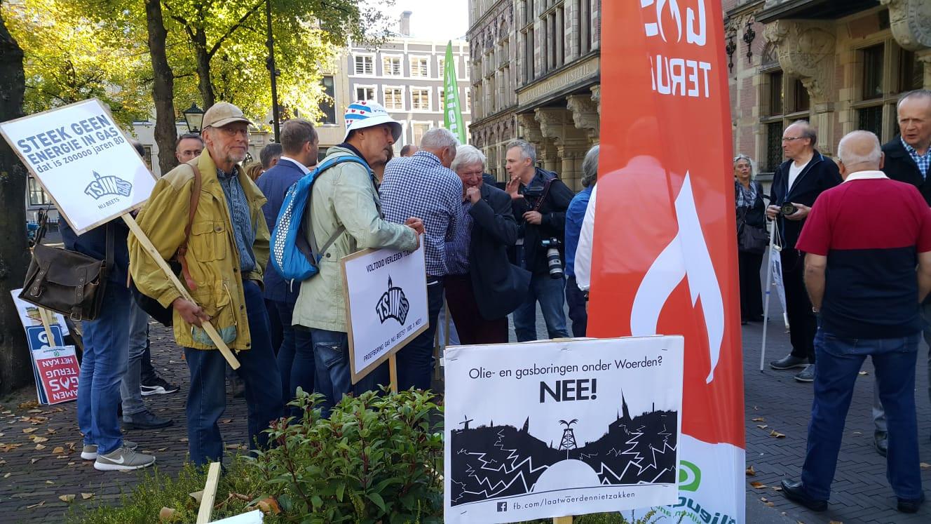 Een protestactie tegen de gaswinning van Laat Woerden Niet Zakken, vorig jaar.