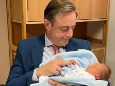 """Un nourrisson déposé dans une """"boîte à bébé"""" d'Anvers"""