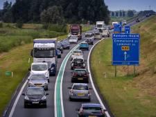 Verkeerspsycholoog: 'Richtlijnen voor 100 kilometerwegen zoals de N50 voldoen na dertig jaar niet meer aan huidige verkeer'