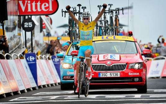 Nibali wint in 2014 de bergrit in de Tour de France naar Hautacam.