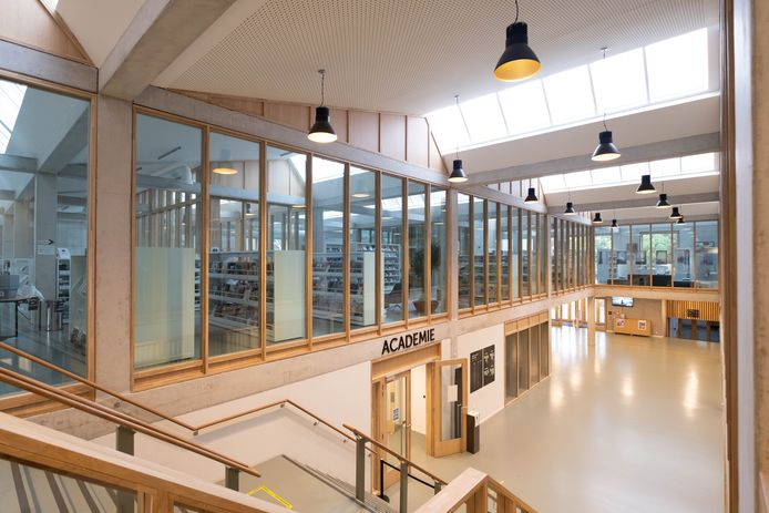 De bibliotheek van Bornem in CC Ter Dilft
