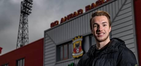 Justin Bakker zoekt in de schaduw bij GA Eagles zijn weg naar de spotlights: 'Ik moet dat lieve karakter meer van me af gooien'