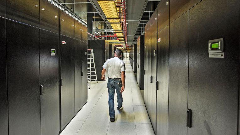 Servers in AM3. Nu AM4 is geopend, wordt dit 'het oude gebouw' genoemd. Beeld Guus Dubbelman / de Volkskrant