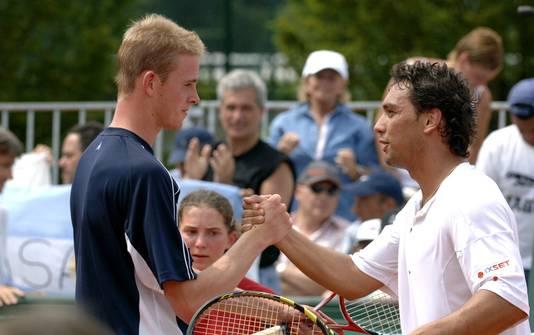En 2005, Kristof Vliegen est balayé en trois sets au deuxième tour de Roland-Garros par Mariano Puerta, qui ira jusqu'en finale.