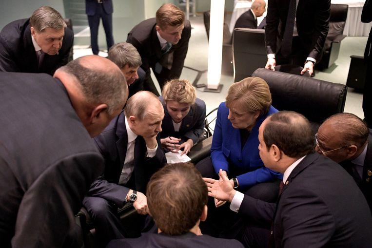 President Poetin en Bondskanselier Merkel in gesprek in januari 2020. Beeld Alexei Nikolsky/TASS