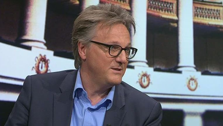 De Morgen-journalist Joël De Ceulaer in 'De Afspraak' Beeld VRT