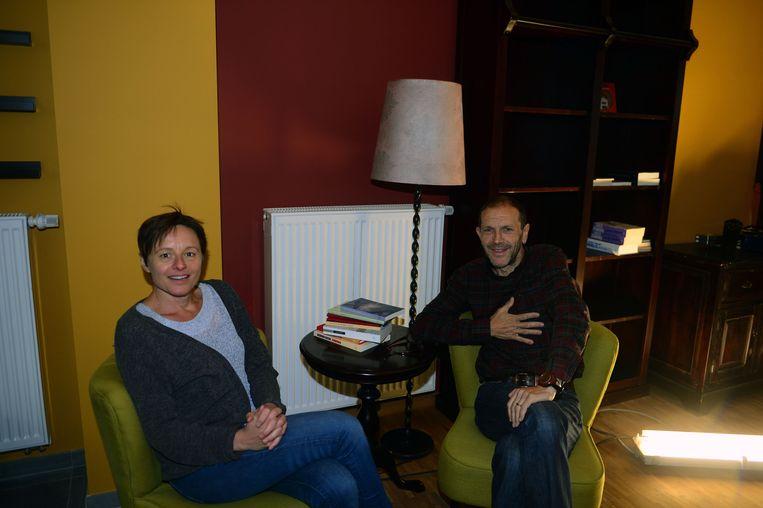 Lies en Mark openen zondag hun nieuwe zaak Barbóék.