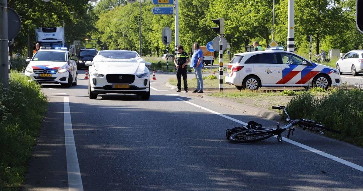 N35 afgesloten na ongeval in Raalte: geen verkeer mogelijk tussen Heino-Zuid en Deventer.