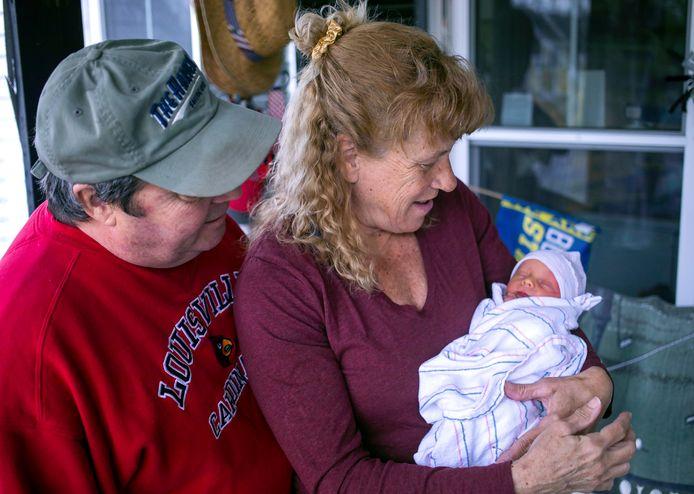 Barbara  Higgins en haar man Kenny Banzhoff en zoon Jack.