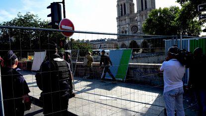 Parijs start met wegwerken van loodverontreiniging: omgeving van Notre-Dame (minstens) 10 dagen ontoegankelijk