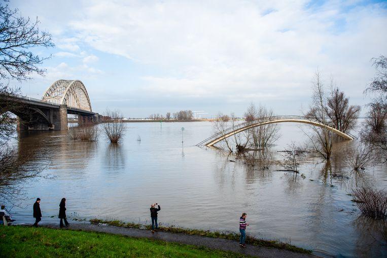 Hoogwater in de Waal bij Nijmegen in februari dit jaar.  Beeld Getty