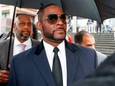 R. Kelly in isoleercel na gevecht met medegevangene: 'Tijd om hem vrij te laten'
