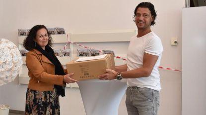 Ysco Langemark schenkt 5.000 schortjes aan Jan Yperman Ziekenhuis