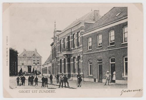 De Molenstraat met (achter) Villa Wilhelmina zoals het in 1904 nog in Zundert stond. Er is een idee om het te herbouwen, maar de meerderheid van de politiek ziet dat niet echt zitten