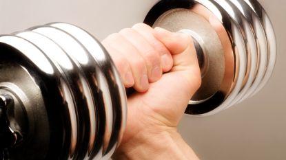 """Extreme fitnesshype bij jongeren baart zorgen: """"Dit kan ronduit gevaarlijk zijn"""""""
