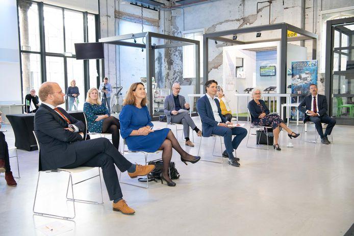 De bijeenkomst in Ulft waar de start van het Grensland College in Winterswijk bekend is gemaakt.