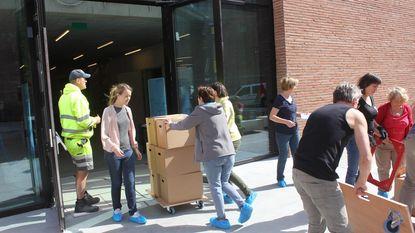 90.000 boeken verhuisd op 1 dag