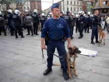 Indignés: la police fait usage de gaz lacrymogène après 15 minutes