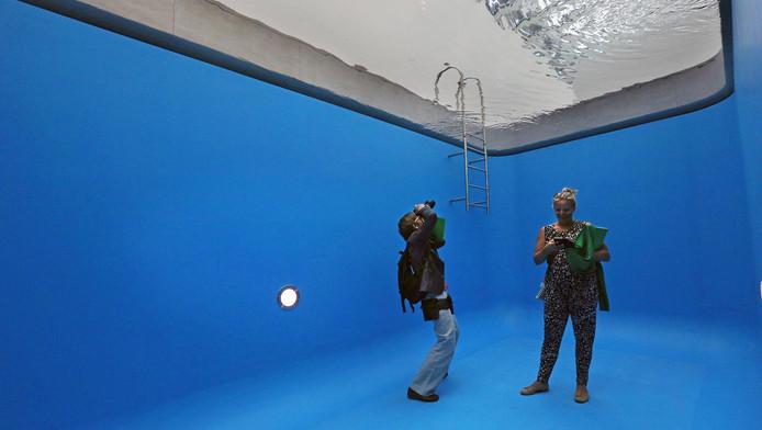 Swimming Pool van Leandro Erlich is speciaal ontworpen voor Voorlinden.