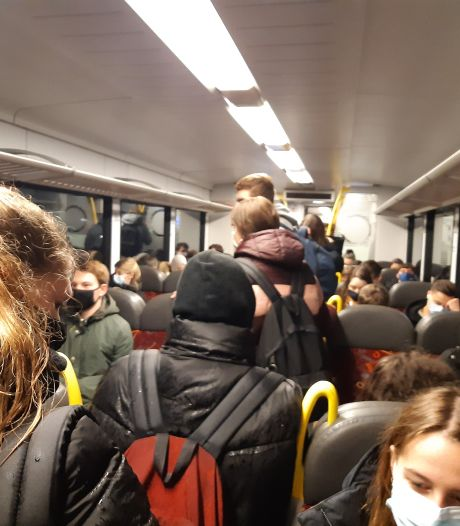 Proppen in Arriva-treinen bij Nijmegen, reizigers stomverbaasd: hoe kan dit?