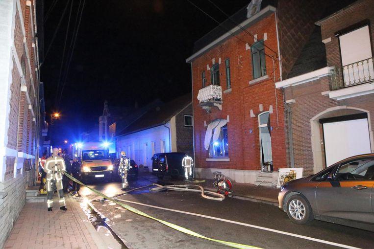 De woning raakte zwaar beschadigd door de vuurwerkontploffing.