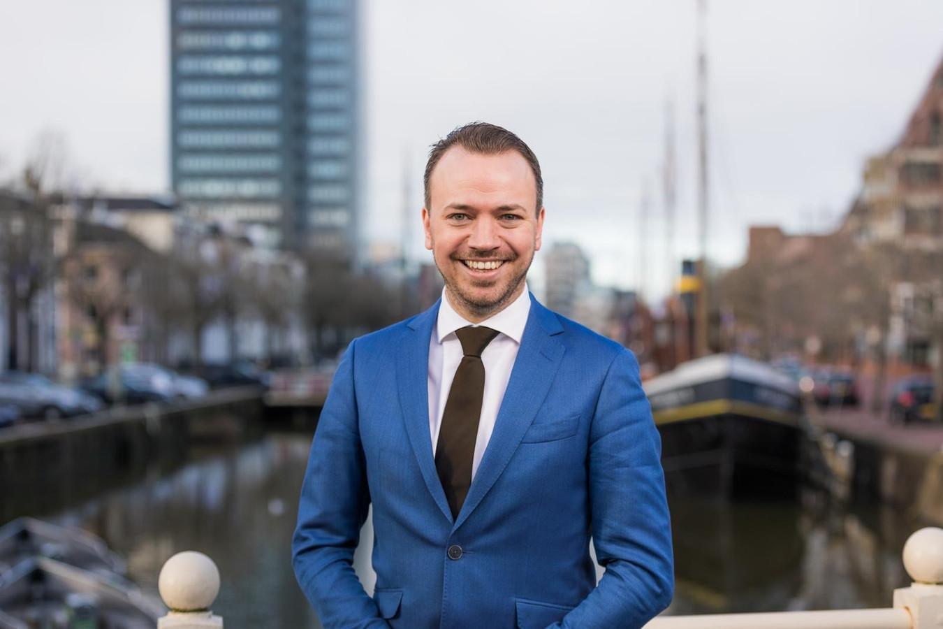 Sander de Rouwe in Leeuwarden. Nu nog gedeputeerde in Friesland, vanaf september is hij burgemeester van Kampen.