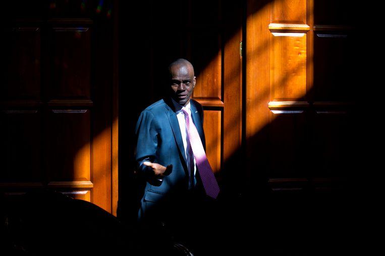 De Haïtiaanse president Jovenel Moïse in 2020 in zijn woning in Port-au-Prince, waar hij deze week werd vermoord. Beeld Dieu Nalio Chery / AP