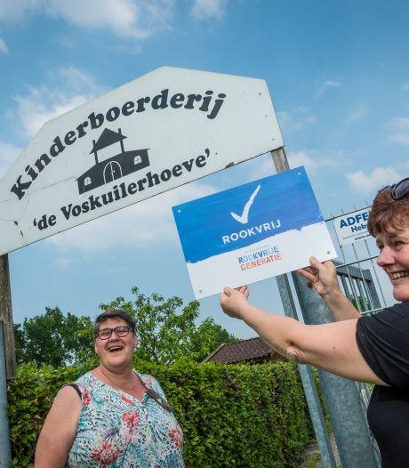 Kinderboerderij in Wezep rookvrij: 'Rokende jeugd bij de picknicktafel opende onze ogen'