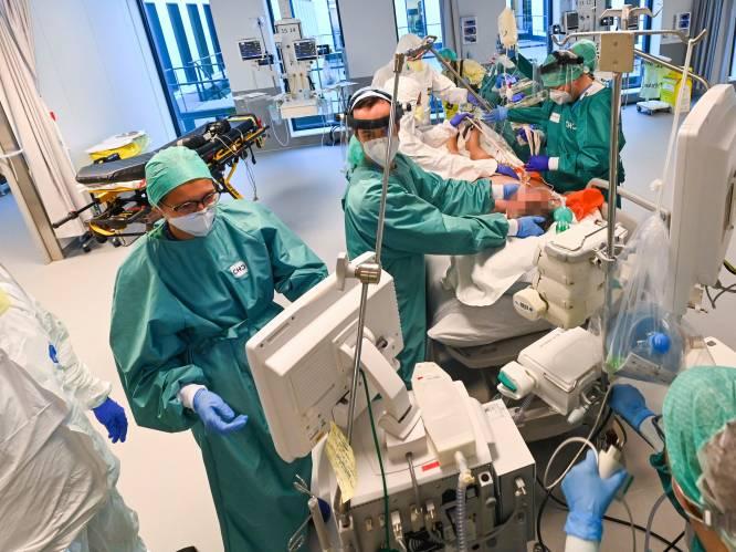 """Ziekenhuizen ongerust over coronavarianten: """"Bij tweede golf konden we vanaf nul beginnen. Nu niet"""""""