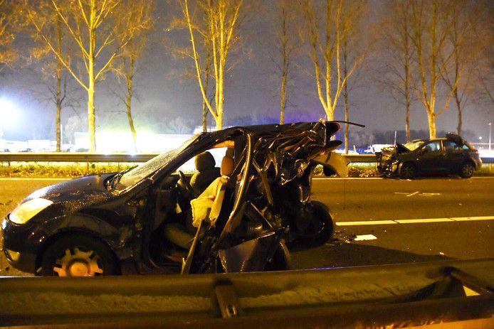De politie heeft uitgebreid sporenonderzoek gedaan om te bepalen hoe het ongeluk kon gebeuren.
