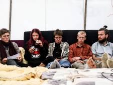 Duitse klimaatactivisten eindigen hongerstaking van 27 dagen na toezegging Scholz