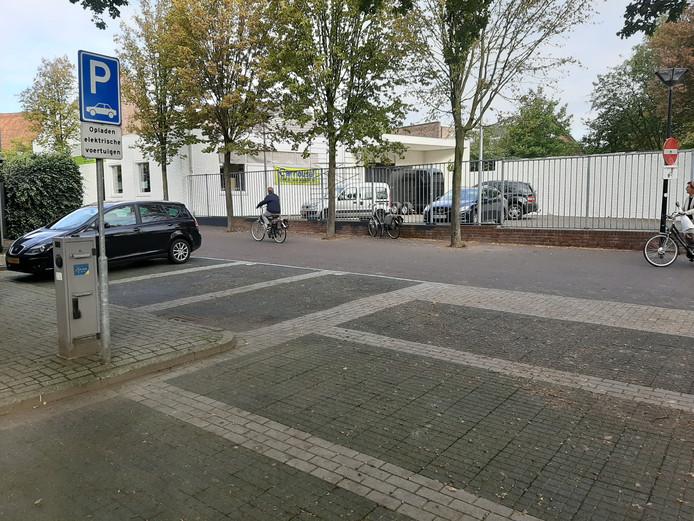 Een openbare laadpaal voor elektrische auto's in Aalten.