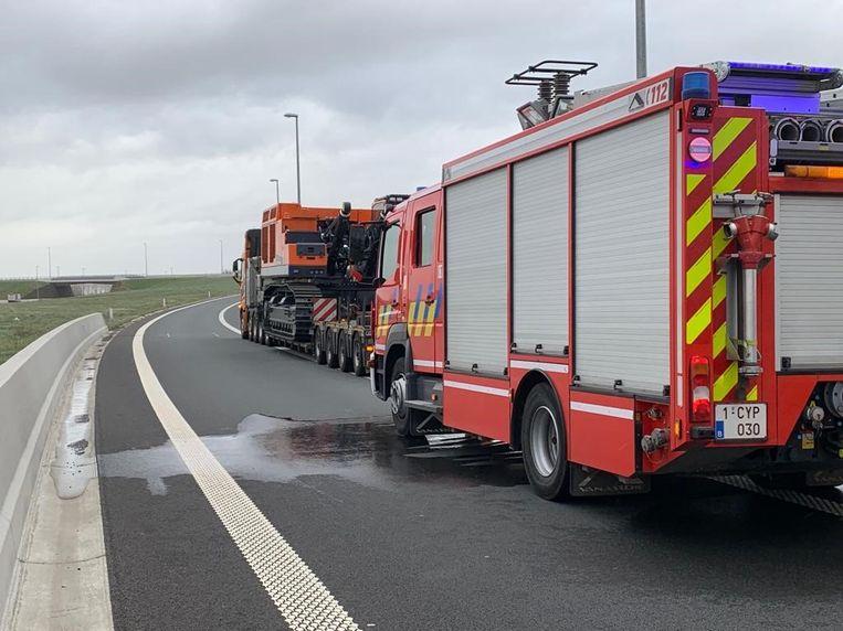 De remmen van de vrachtwagen raakten oververhit langs de A11.